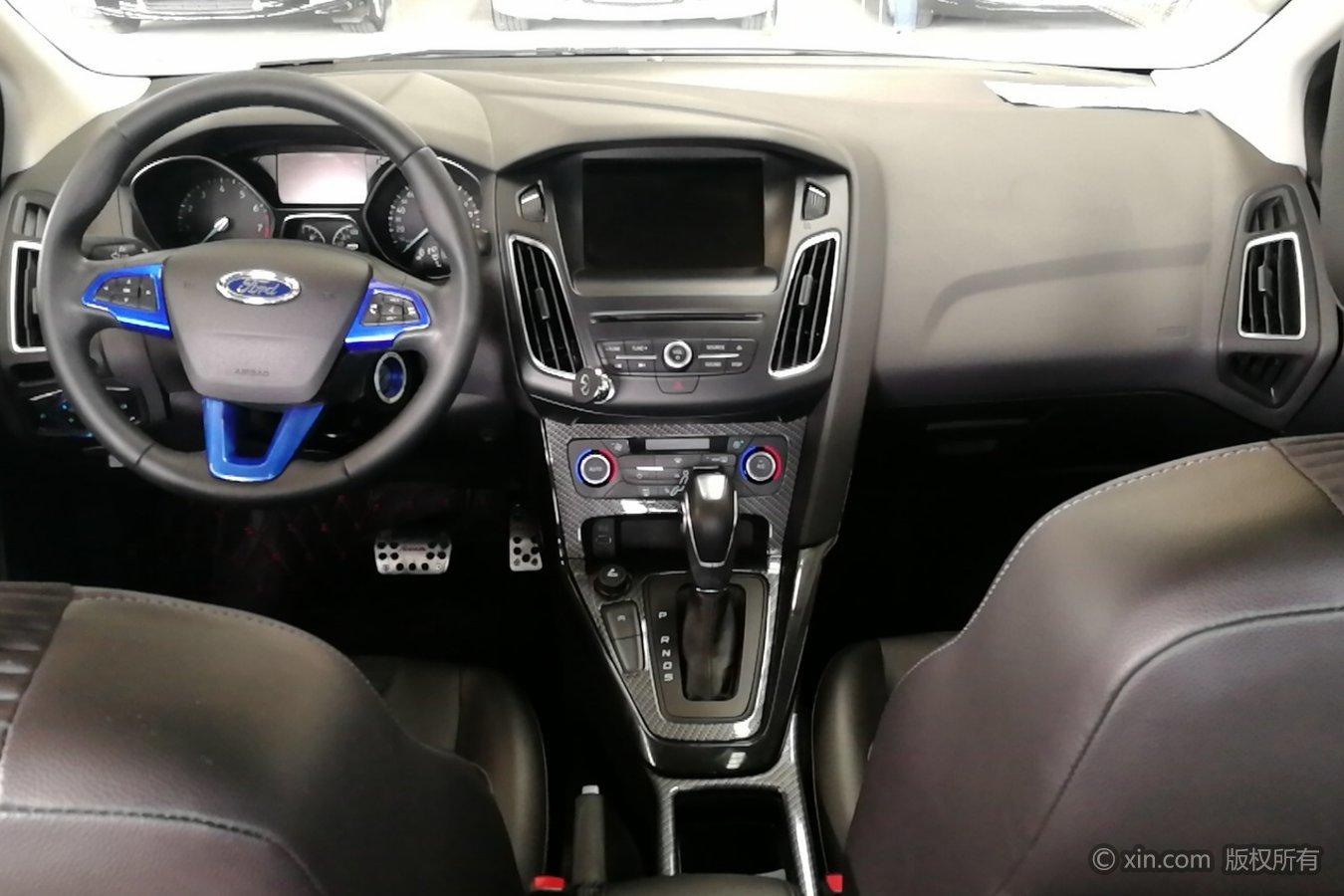 福特 福克斯三厢 2015款 1.5t 自动 ecoboost180精英型