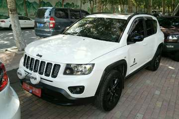 Jeep 指南者 2014款 2.4 自动 蛇行珍藏版四驱