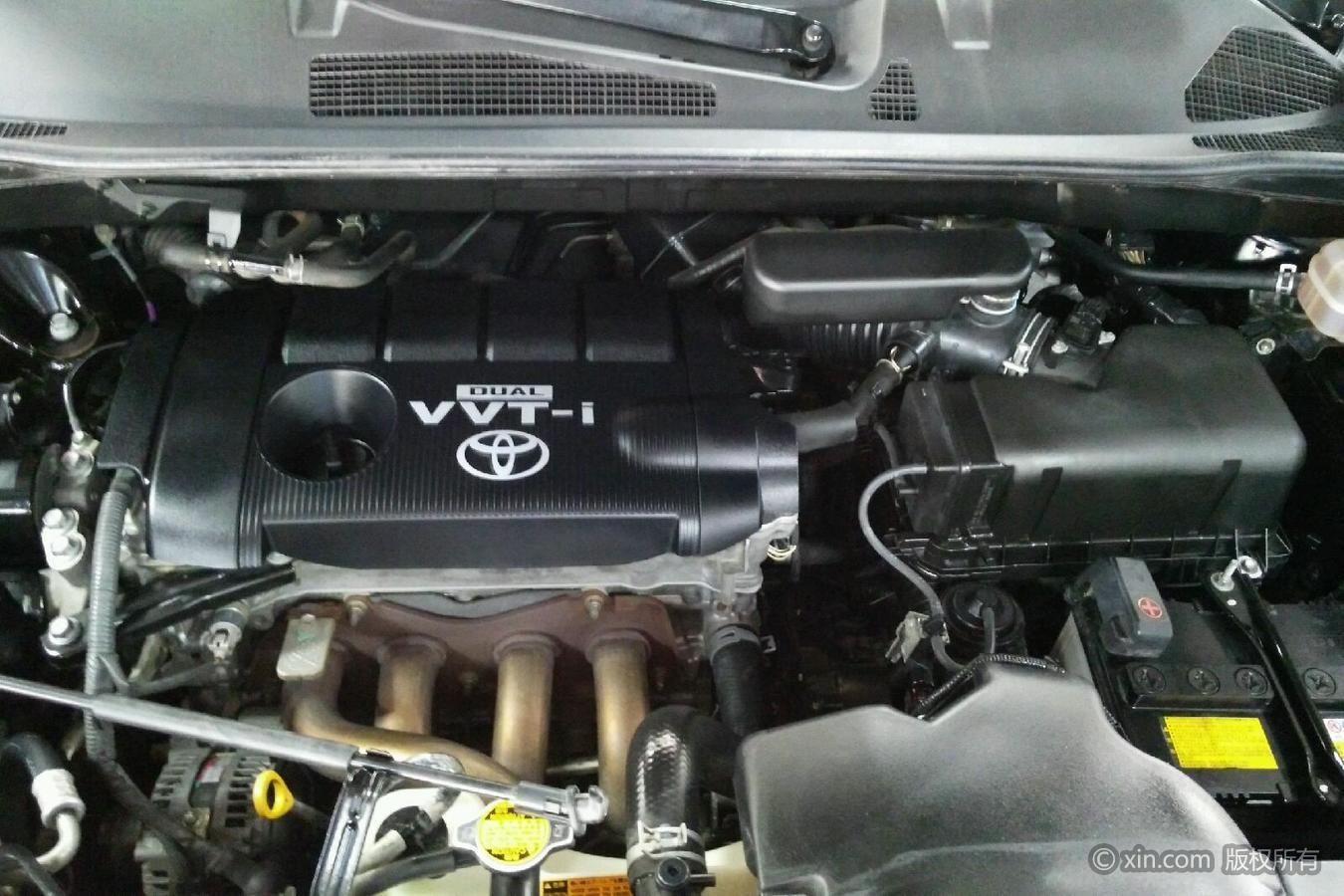 丰田汉兰达发动机舱