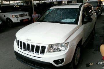 Jeep 指南者 2011款 2.0 自动 运动版前驱