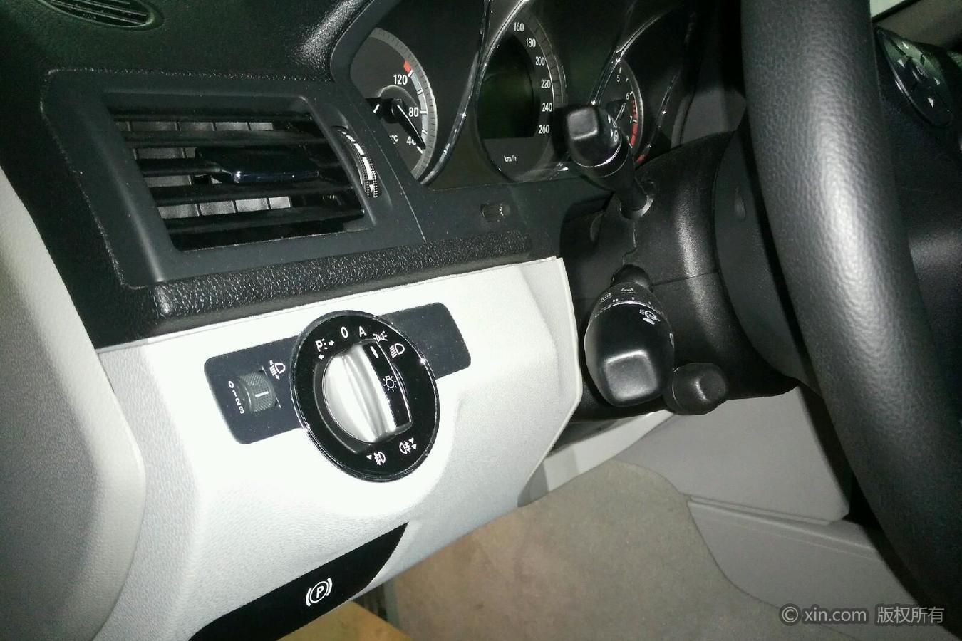 奔驰c级 2010款 1.8t 自动 c200优雅型