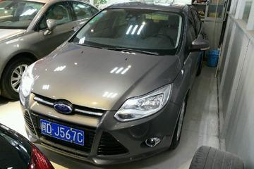 福特 福克斯三厢 2012款 2.0 自动 旗舰型