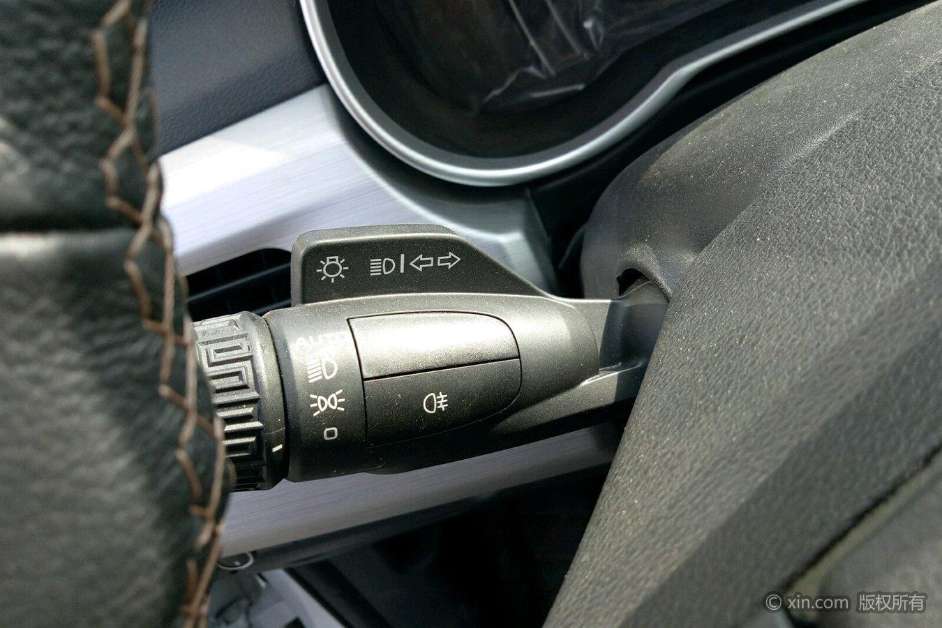 吉利汽车 博越 2016款 2.0 手动 智联型前驱