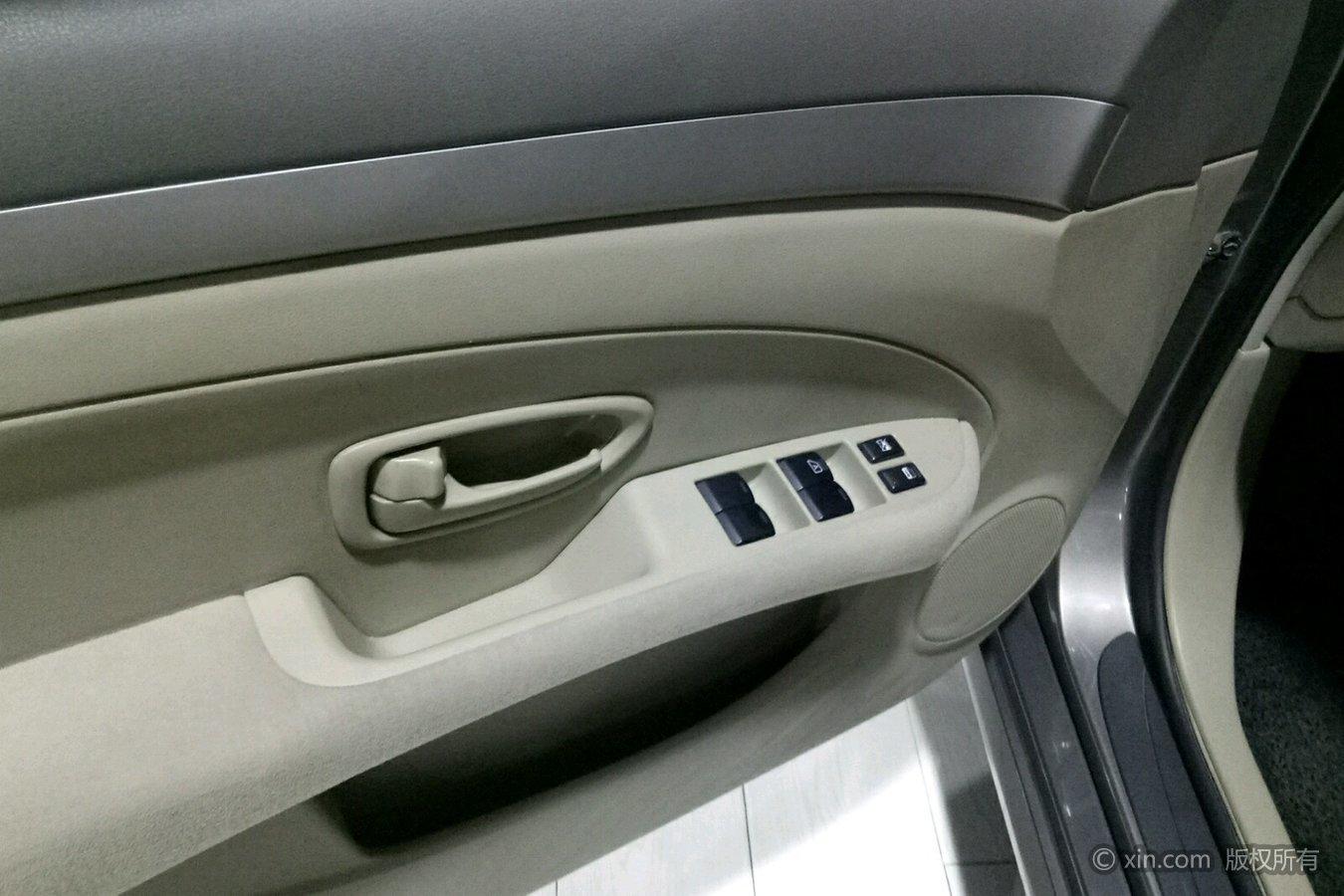 日产 轩逸 2012款 1.6 自动 xe舒适版经典款全价7.14万