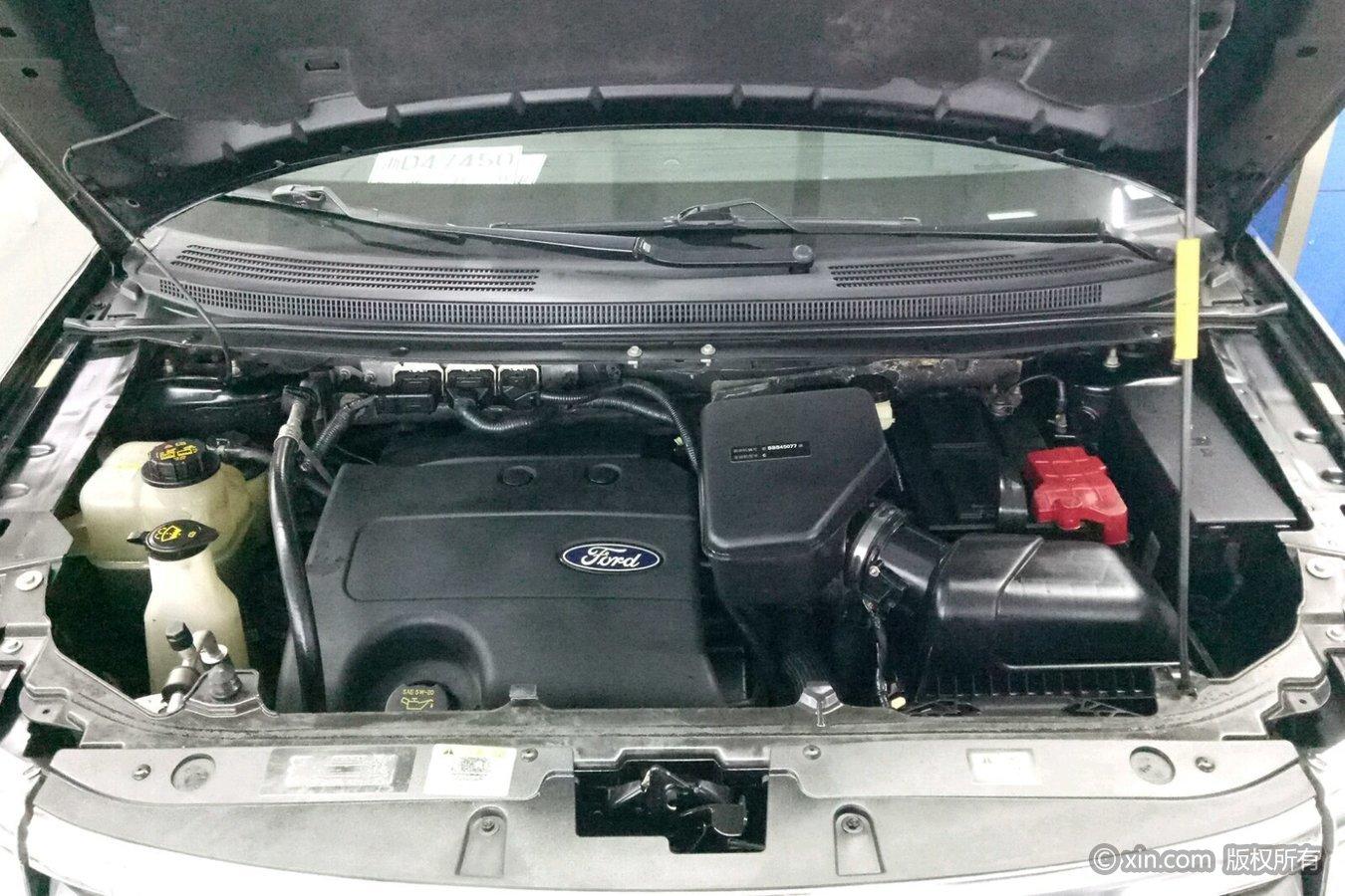 福特锐界(进口)发动机舱