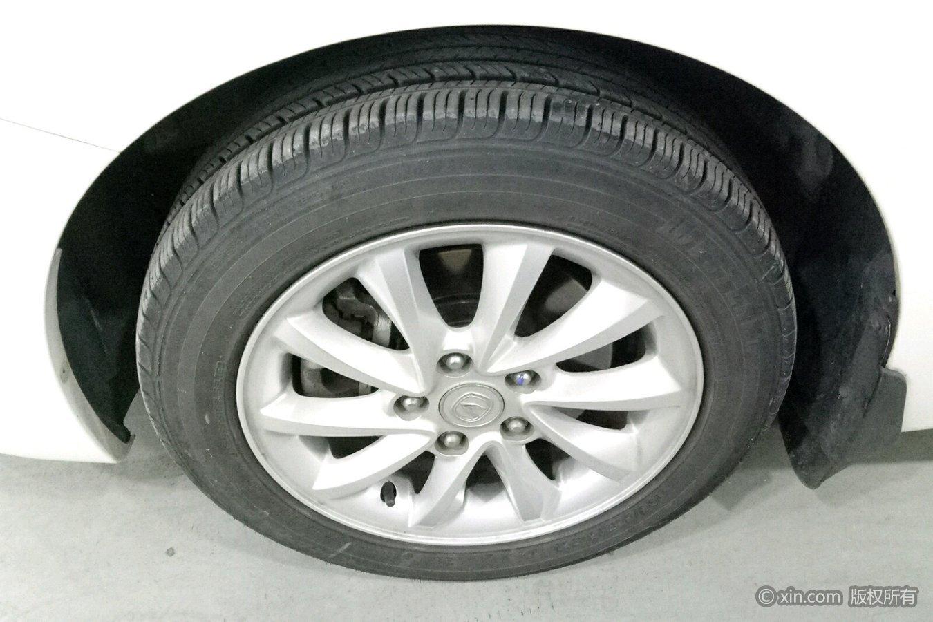 长安悦翔v7左前界面东南dx3v界面轮胎怎么调图片