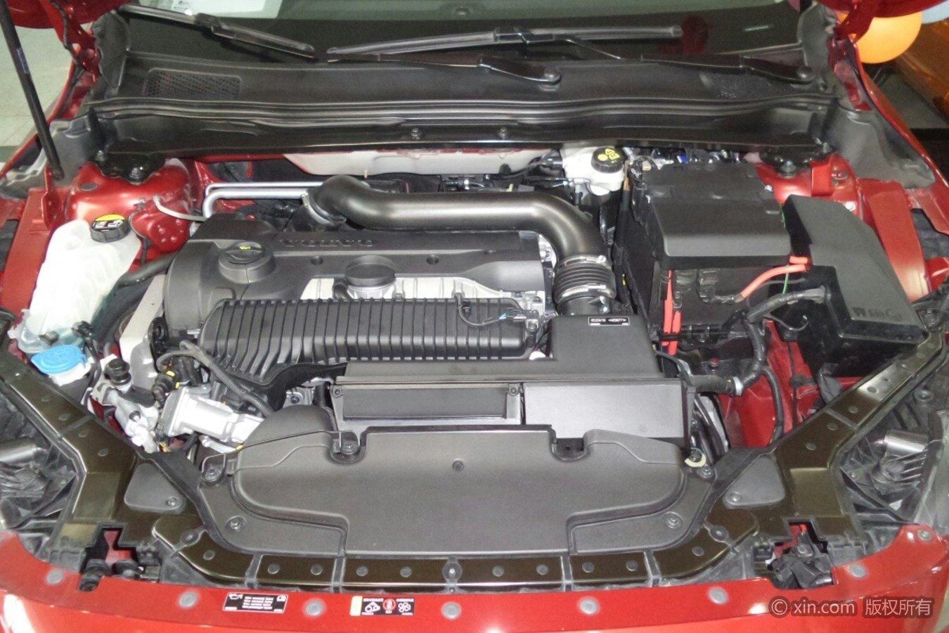 沃尔沃V40发动机