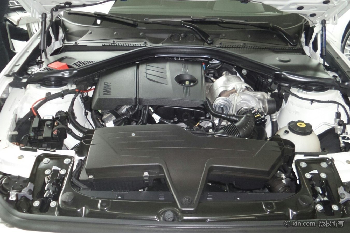 宝马1系(进口)发动机