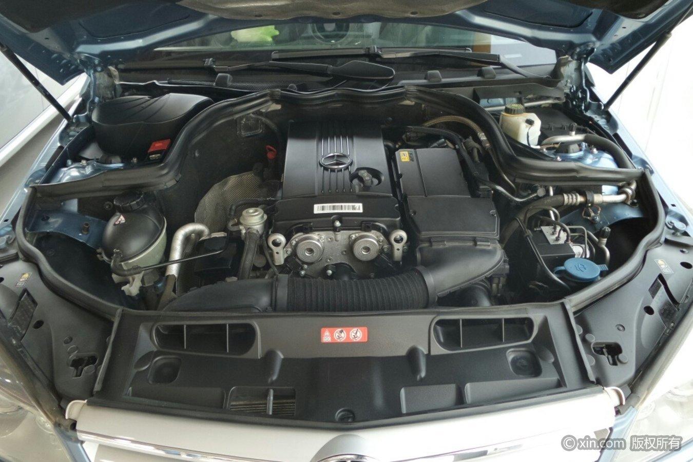 奔驰C级(进口)发动机