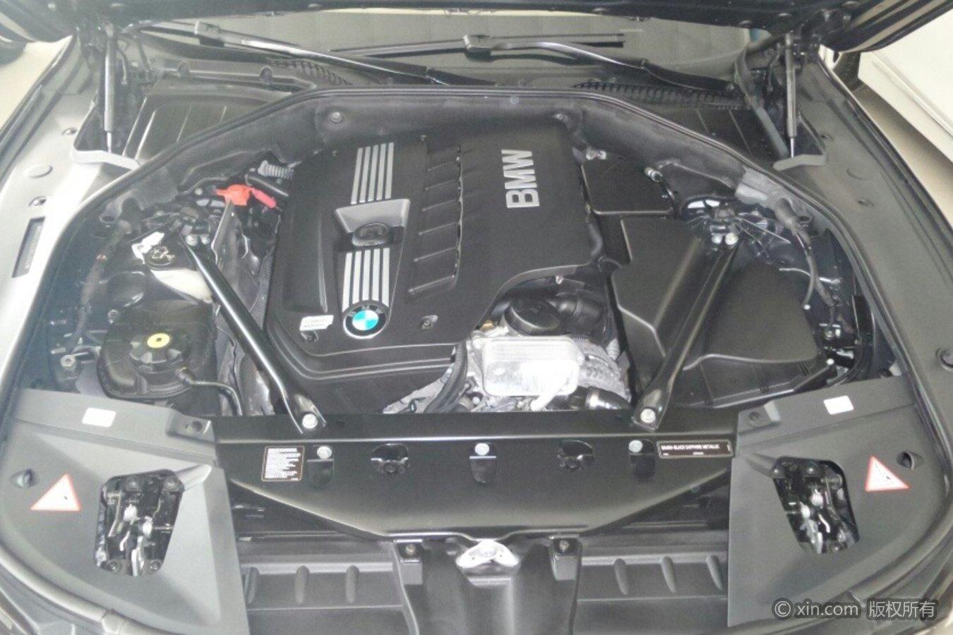 宝马7系(进口)发动机