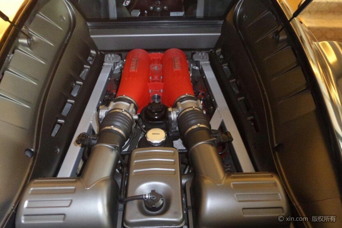 法拉利F430发动机