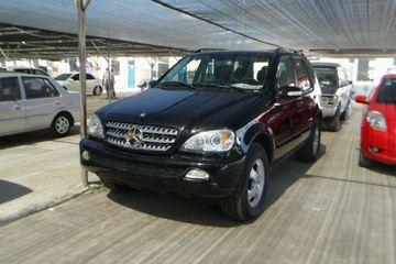 奔驰 ML级 2005款 3.5 自动 ML350四驱