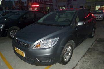 福特 福克斯三厢 2012款 1.8 手动 经典基本型