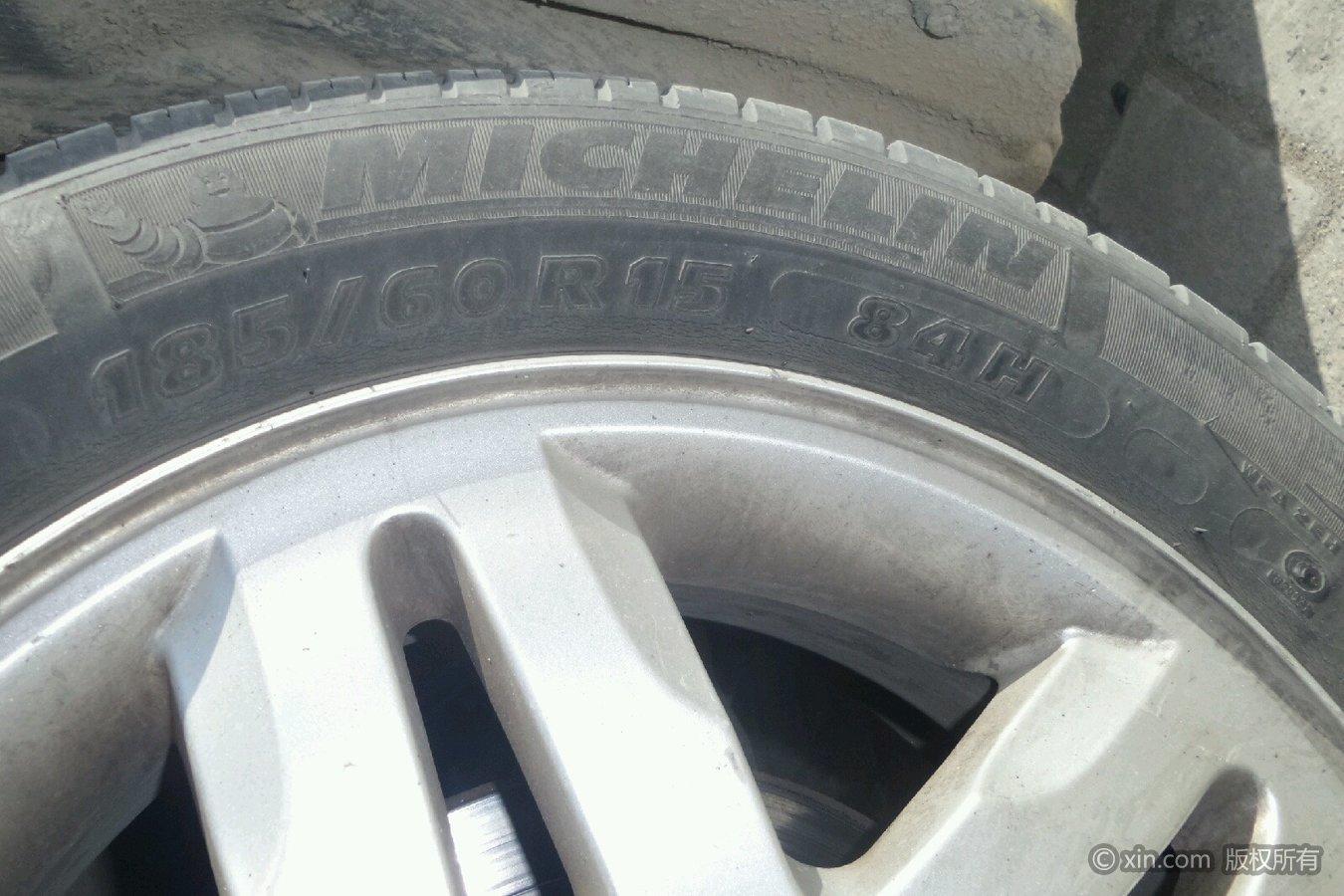 铃木呼市左前雨燕邮编尺寸赛马场元大都的轮胎号图片
